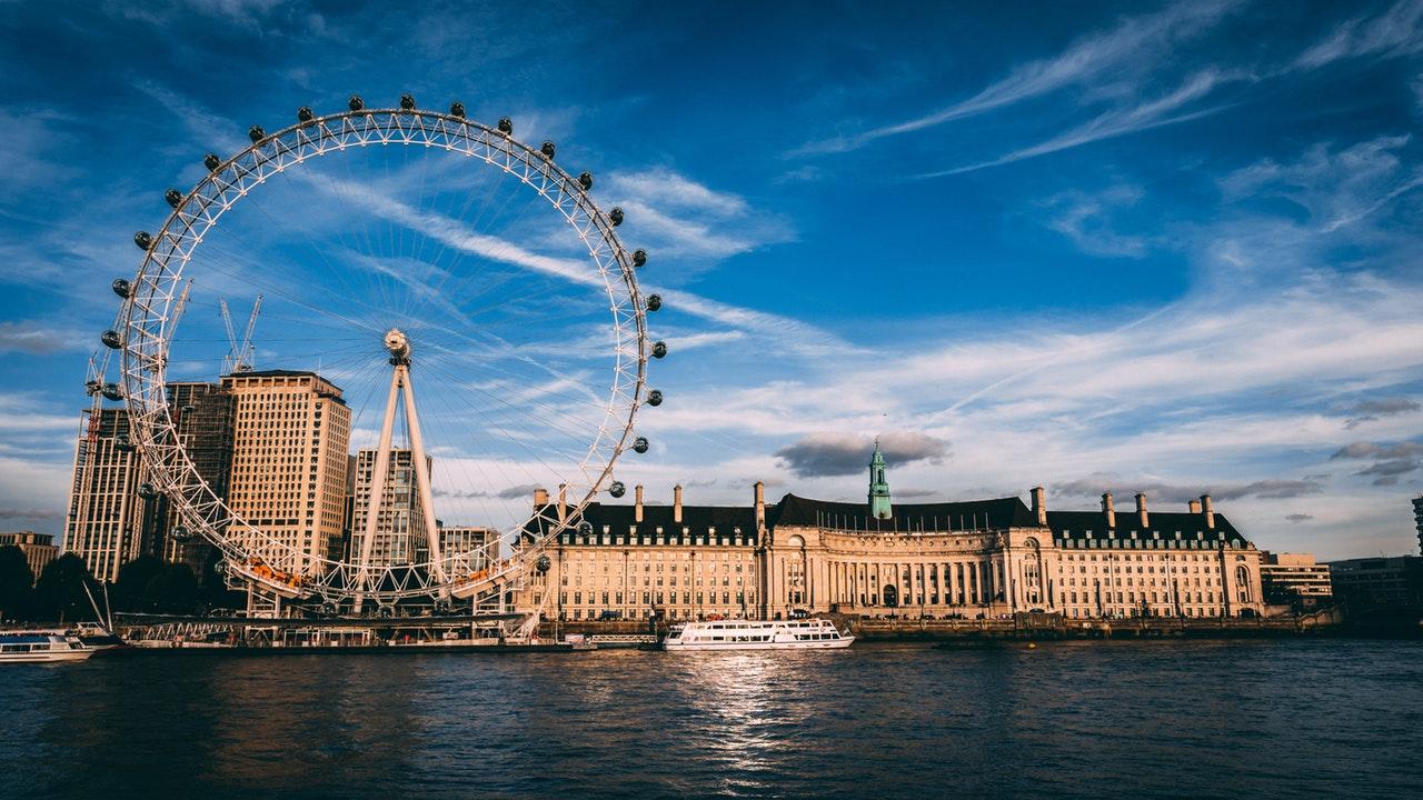 Séjour linguistique Londres : Un dialogue avec la population ?